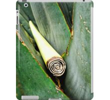 IN ITS GREEN HEARTH iPad Case/Skin