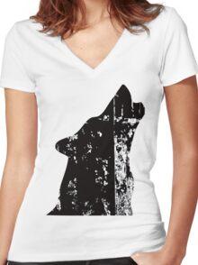 Howl Women's Fitted V-Neck T-Shirt