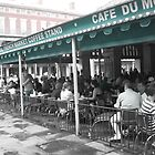 Cafe Du Monde | New Orleans, LA by L.D. Bonner