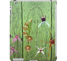 Cerise spider orchid on green paint iPad Case/Skin