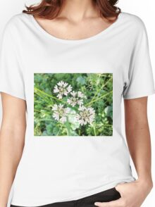 Beautiful White Flower Women's Relaxed Fit T-Shirt