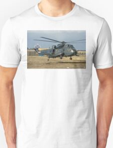 Westland Sea King HAS.5 ZA136/B-40 at RAF Stanley T-Shirt