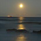 Moon rise by darkie