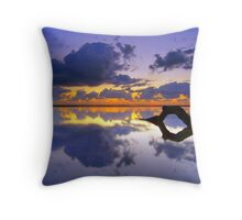Nudgee Beach calm Throw Pillow
