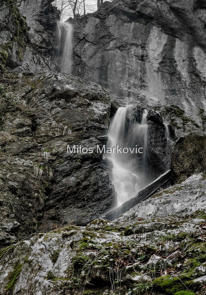 Water drape by Milos Markovic
