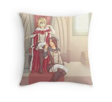 Yumikuri Throw Pillow