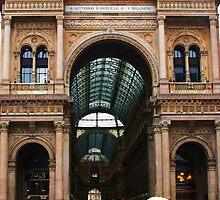 Umbrellas in Milano by shilohrachelle