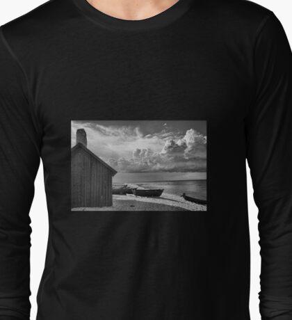 Black and White Fishing Shack, Fårö Island, Sweden Long Sleeve T-Shirt