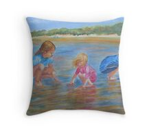 Hunting for crabs Throw Pillow