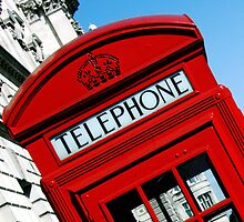 London telephone box by SarahTrangmar