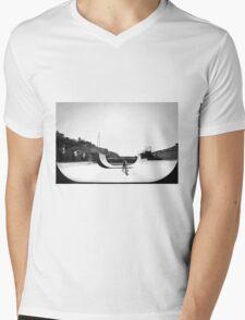 Karori Half Pipe Mens V-Neck T-Shirt