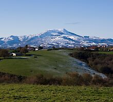 White mountains in the Basque country by shkyo30
