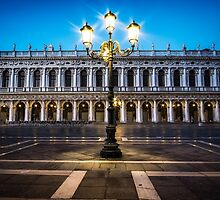Lights of Saint Mark Square by aaronchoi