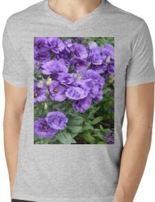 Raindrops on Lisianthus Garden Mens V-Neck T-Shirt