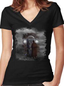 Haunted house Baker street 221b Women's Fitted V-Neck T-Shirt