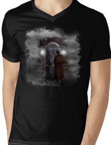 Haunted house Baker street 221b Mens V-Neck T-Shirt