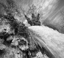waterfall by savas