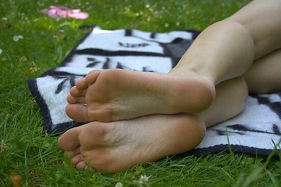 Summer Feeling IV by foot-portrait