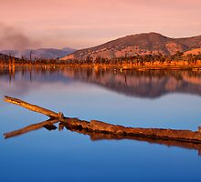 Lake Hume 11 by John Vandeven