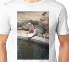 Gator opening wide Unisex T-Shirt