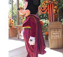 Halloween Mickey by capturemagicc