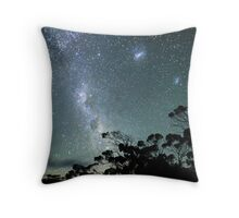 Milky Way from a very dark place Throw Pillow