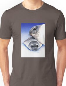 weddell seal and pup Unisex T-Shirt