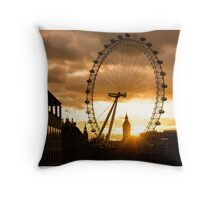 Framing a London Sunset Throw Pillow