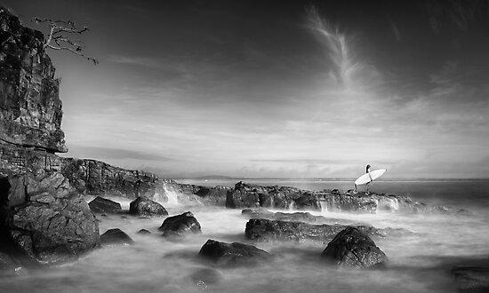 Noosa Surfer Girl by Ben Ryan