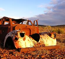 good eveing rusty old car by KatMPhotography