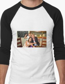 Viv and the two princesses. Men's Baseball ¾ T-Shirt