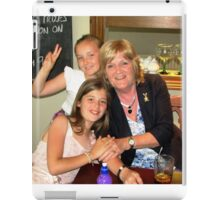 Viv and the two princesses. iPad Case/Skin