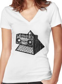 JAMMS Women's Fitted V-Neck T-Shirt