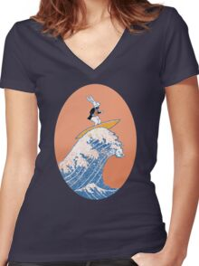 White Rabbit Surfing Women's Fitted V-Neck T-Shirt