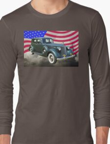 Packard Luxury Car And American Flag Long Sleeve T-Shirt
