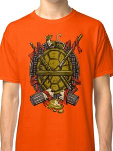 Turtle Family Crest Classic T-Shirt