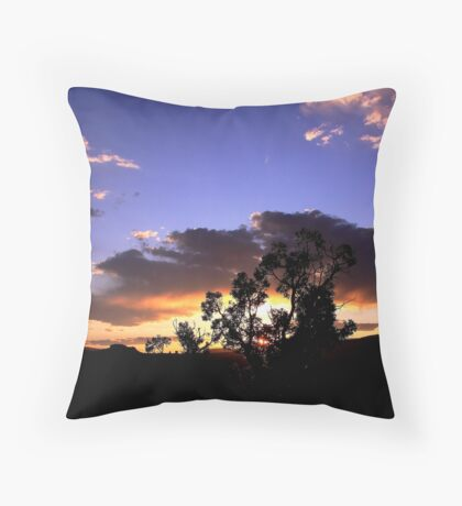 Desert sundown.. Throw Pillow