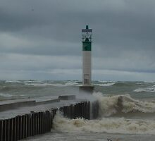 Troubled waters,Lake Huron, Ont. by creativegenious