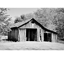 An old wooden barn Photographic Print