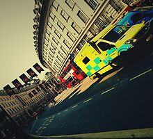 London Call Ambulance by DDabug