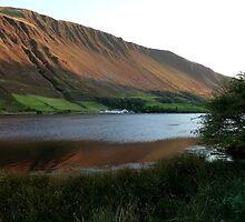 Tal-y-llyn Lake, Cadair Idris, Wales by rightonian