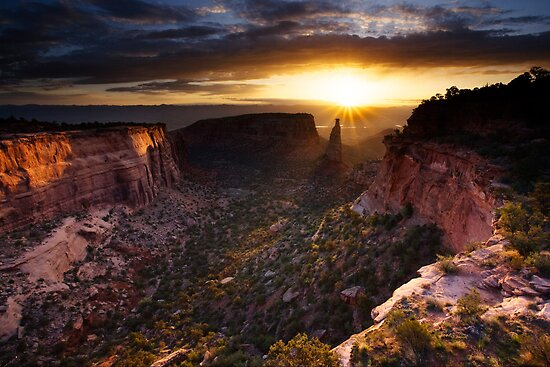 Colorado National Monument Sunrise by cavaroc