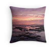 North Narrabeen Rockpools Throw Pillow