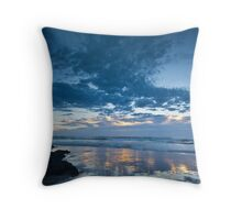 Shelly Beach, Port Macquarie Throw Pillow