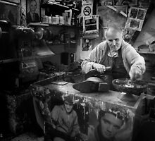 The Shoemender by M G  Pettett