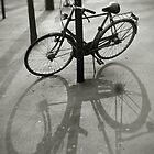 Bicycle in Paris by Laurent Hunziker