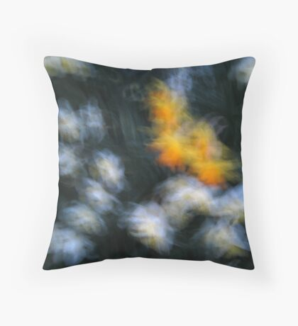 Impressionist white and yellow daffodils Throw Pillow