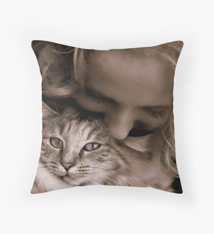 To Love a Cat Throw Pillow