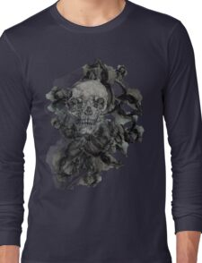 dead flowers and skull Long Sleeve T-Shirt
