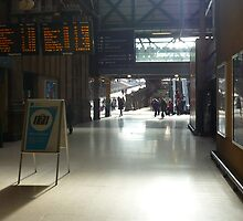 Waverley Station, Early Evening by Yonmei